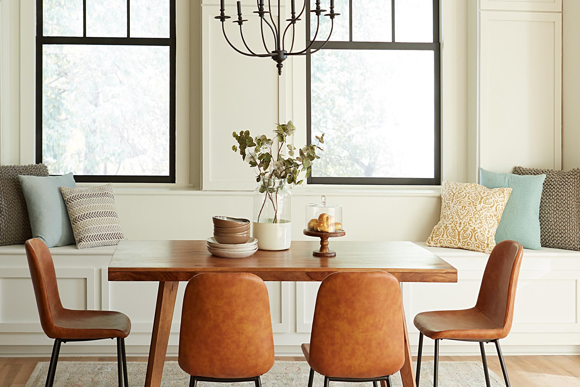 Dining Room Designed for Mindful Living