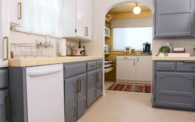 Trendy Two-Toned Kitchen Cabinet Refresh